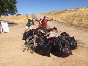 Volunteers clean up Parkway